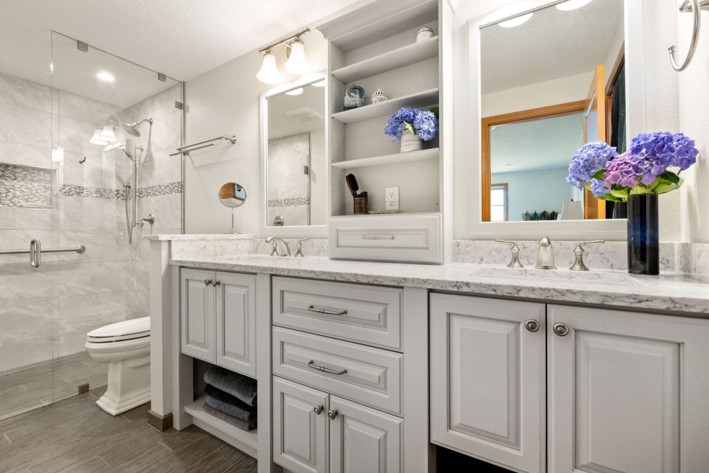 bathroom remodel and design - Henderer Design + Build, Corvallis OR